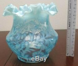1 Vintage Fenton Daisy & Fern Blue Opalescent Ruffles Glass Lamp Globe Shade EUC