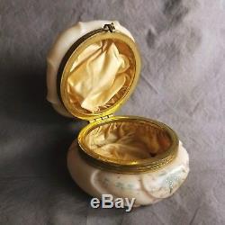 1890-1910's large C. F. Monroe Wave Crest Dresser Box Helmschmied Swirl pattern