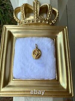 Antique Art Nouveau 18K Gold Cherub Memorial Pendant with Glass back