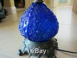 Antique Fenton Blue Daisy & Button Glass Electric Parlor Lamp