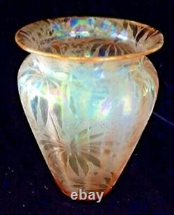 Antique Fostoria Peach Iridescent Palm Leaf Etched Carnival Art Glass Vase