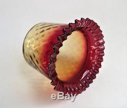 Antique NEW ENGLAND Amberina WINCHESTER DIAMOND OPTIC Victorian Art Glass Vase