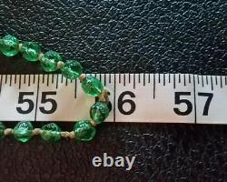 Antique Vintage Art Nouveau Deco Emerald Green Glass Beads Flapper Necklace 56