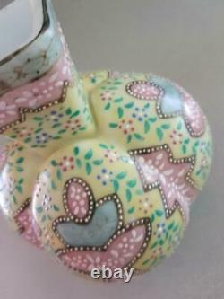Beautiful Victorian Thomas Webb & Sons Moroccan Opaline Large Art Glass Vase