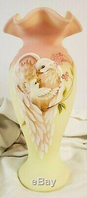 FENTON LIMITED EDITION 2007 BURMESE MOTHERS DAY VASE w DOVES 799 / 1950 SIGNED