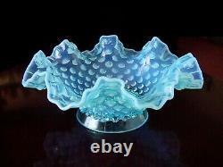 ViNTaGe FENTON BLuE OPaLeSCeNT HoBNaiL ArT GLaSs Epergne Bowl 3 Lily Horn Vase