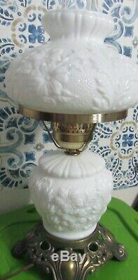 Vintage FENTON GLASS GLOSS WHITE POPPY GWTW Lamp UNUSED and MINT
