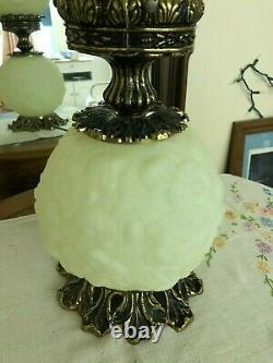 Vtg Fenton Gone With the Wind Puffy Lamp Lime Green Poppy Christmas Pre-Owned